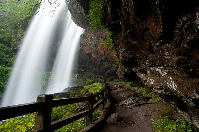 Dry Falls Walk Under