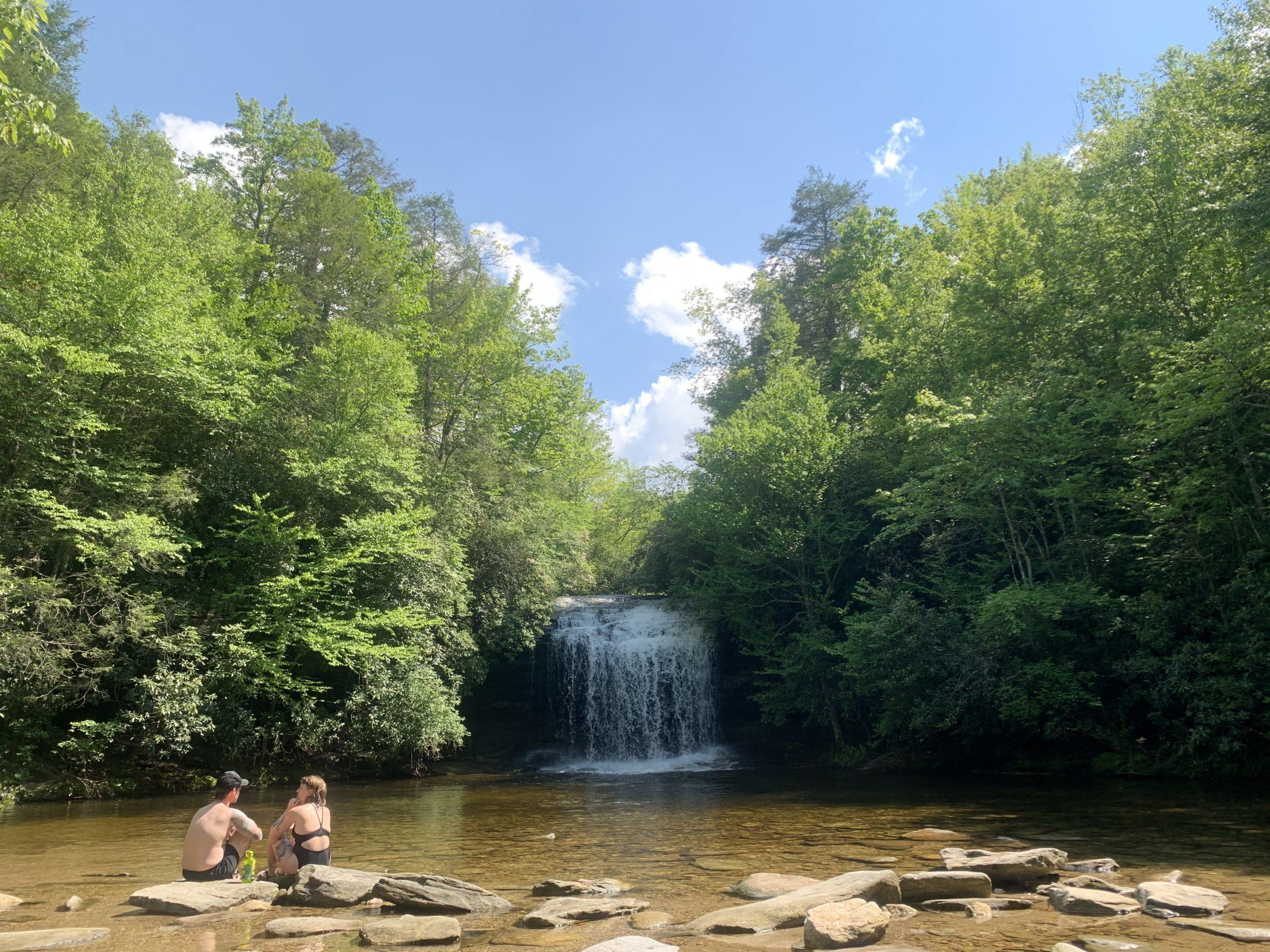 Couple enjoy Schoolhouse Falls NC