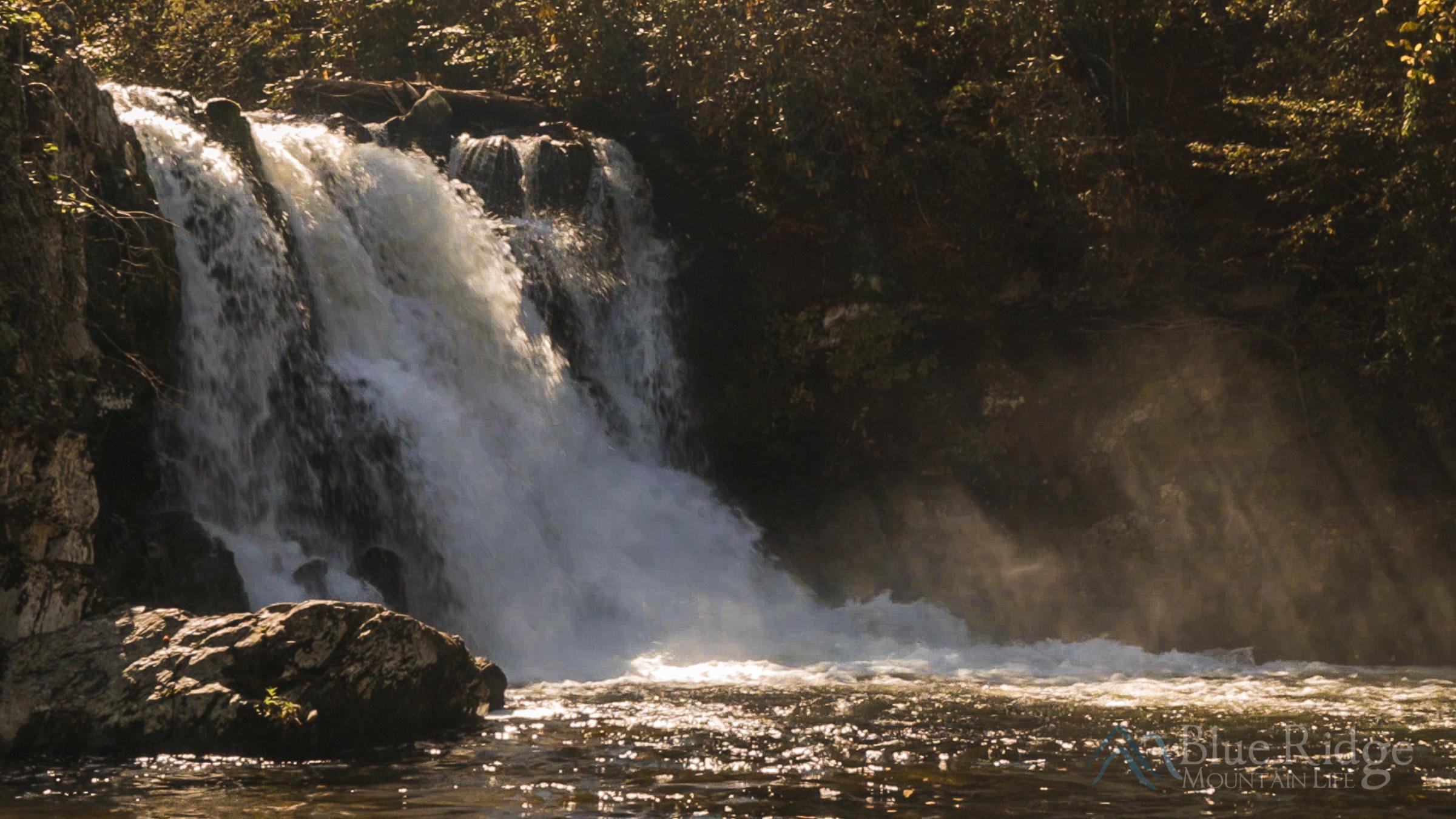 Abrams Falls Trail, Cades Cove