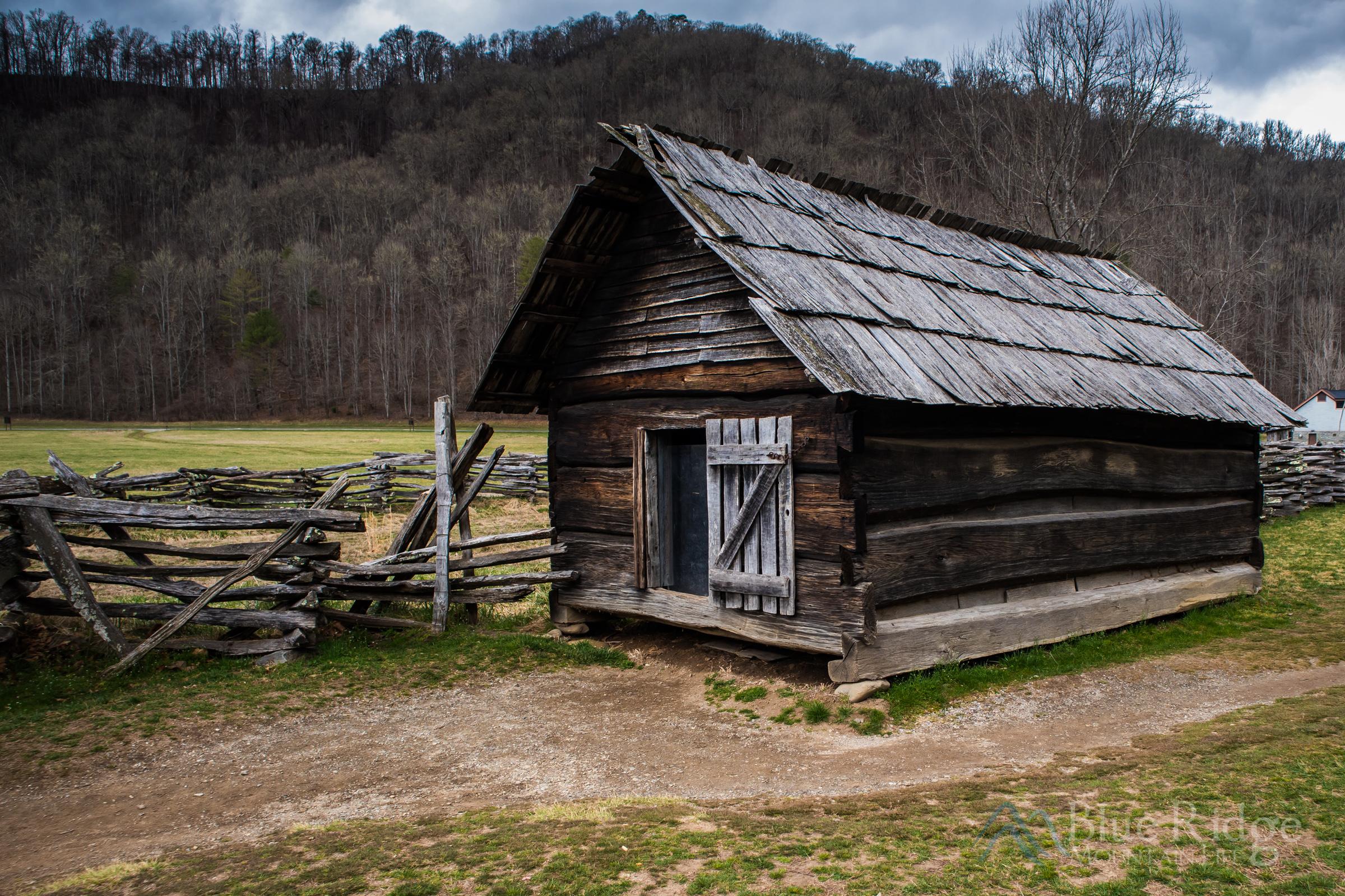 Oconoluftee Farm Museum Corn Crib