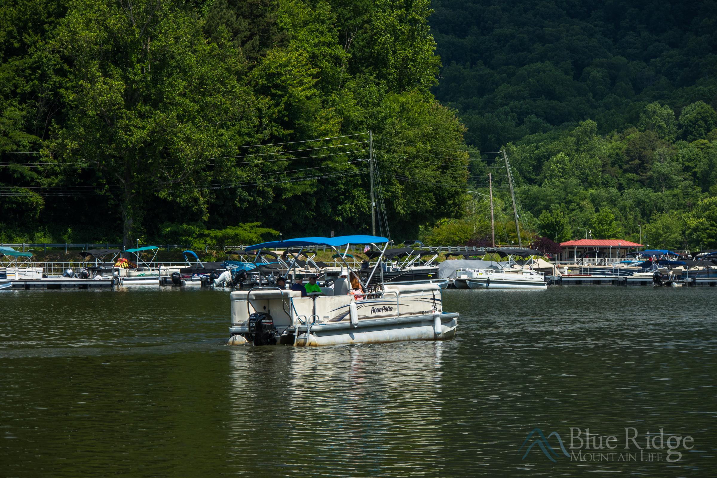 Boating at Lake Lure NC